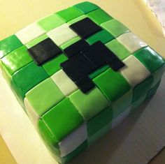 I would totally so this as a groom's cake....Marc loves Minecraft!!!!  Minecraft creeper cake
