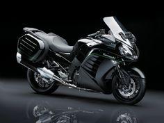 Kawasaki 1400GTR 2015: nuove immagini