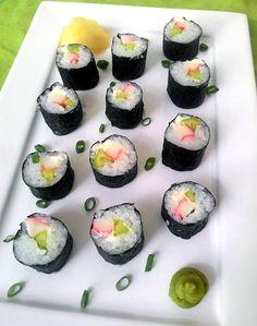 A comida japonesa está lá em cima na minha listinha de cozinhas típicas preferidas e, sempre que possível (ou que bate a vontade), preparo alguns pratos orientais em casa. Mas confesso que pensar s…