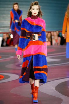 Roksanda - Beautiful contrast between the loud colors and the demure silhouettes. Looks that beg for attention yet show no skin, a great way of showing fashion that has variety and range. thestyleweaver.com Fall 2015 Ready-to-Wear