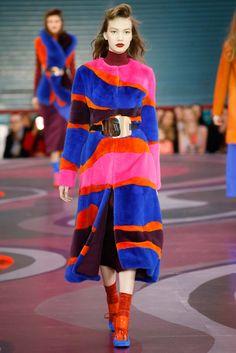 Roksanda - Fall 2015 Ready-to-Wear - Look 19 of 31