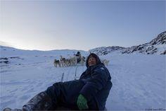 Faire une virée de plus de 3 heures un 31 décembre au Groenland avec un musher inuit trop sympa et des chiens de traîneaux motivés ... tout cela dans un décor de rêve, un froid polaire et quasi seule au monde ... what else ?
