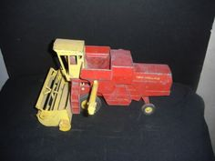 VINTAGE-60S-ERTL-DIECAST-NEW-HOLLAND-SPERRY-RAND-COMBINE-1-16-FARM-TOY-tractor