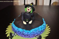 Gum Paste halloween people | made this fondant covered witch for a Halloween party. The cake ...