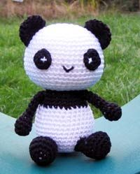 Little Panda: free pattern. also check out http://greatamigurumi.blogspot.com/ for hundreds of free amigurumi patterns.