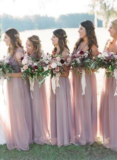 Dusty rose wedding - Image by The Happy Bloom www thehappybloom com Charleston Wedding Photographers Dusty Rose Colors Autumn Pink and Mauve Bouquet Spanish Moss Classic Charleston Wedding Lowcountry photos Dusty Rose Bridesmaid Dresses, Dusty Rose Dress, Wedding Bridesmaids, Wedding Dresses, Bridesmaid Flowers, Wedding Palette, Dusty Rose Wedding, Wedding Colors, Wedding Flowers