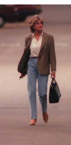 Princess Diana Death, Princess Diana Fashion, Princess Diana Family, Princess Diana Pictures, Princesa Diana, Duchess Of York, Lady Diana Spencer, Queen Of Hearts, Mode Outfits