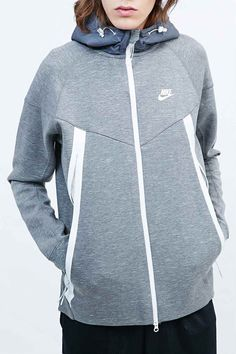 newest collection 1bd20 5e98d Nike Tech Fleece Super Zip Hoodie in Grey - Urban Outfitters Invierno,  Sudaderas Para Hombre
