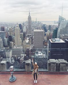 Gal Meets Glam - 2015 September 23 - Top of the Rock - Location: New York City - Travel Photo Inspiration Nyc, Adventure Awaits, Adventure Travel, Photographie New York, Voyage New York, Foto Fashion, City Vibe, Concrete Jungle, Foto Pose