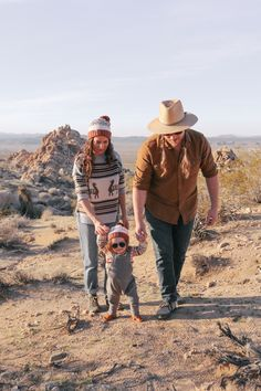 there's nothing myfamily loves more then getting out and exploring our magical Mojave backyard. with a year and a half of hiking with baby under our belt, we've learned a couple of tip…