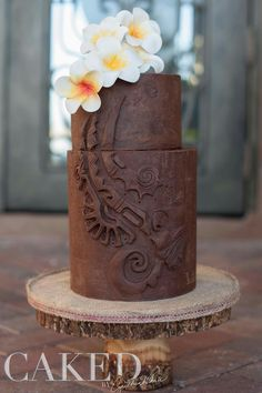 Carved ganache cake Single Layer Cakes, Ganache Cake, Pillar Candles, Cake Decorating, Cupcakes, Carving, Sweet, Desserts, Pastries