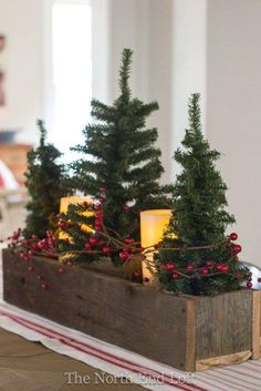 Inspiration for your fixer upper or farmhouse style Christmas home decor. Everything a farmhouse lover needs. The post Farmhouse Christmas Decor appeared first on Children's Room. Noel Christmas, Winter Christmas, Vintage Christmas, Christmas Movies, Christmas Music, Elegant Christmas, Homemade Christmas, Christmas Vacation, Traditional Christmas Decor