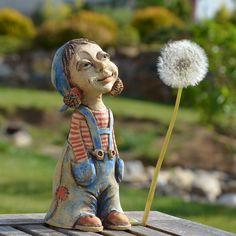 Malá+zahradnice+2+výška+17cm Ceramic Studio, Ceramic Art, Enchanted Forest Theme, Clay People, Pottery Classes, Pottery Making, Making Ideas, Garden Sculpture, Boho