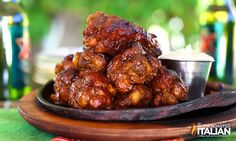 Simple Crock Pot Buffalo Chicken Wings
