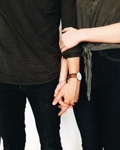 42 New Ideas Photography Fashion Couple Hands Gay Couple, Couple Hands, Love Couple, Couple Goals, Ropa Brandy Melville, Gay Tumblr, Couple Photography, Fashion Photography, Shadow Photography