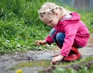 Learning maths in the great outdoors | Outdoor maths learning ideas | Ways to make maths fun | TheSchoolRun.com