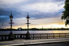 Kandelaber auf der Schwanenwikbrücke   Bildschönes Hamburg