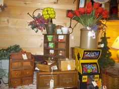 boxes, boxes,boxes and more is what you will find in here at this store