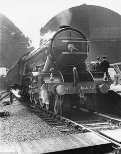 The National Railway Museum have released the incredible collection of photographs to mark 80 years since its record breaking journey