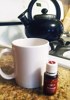 Thieves Tea to Avoid Cold and Flu Essential Oils For Babies, Essential Oil Uses, Young Living Essential Oils, Eucalyptus Essential Oil, Healthy Exercise, Baby Massage, Young Living Oils, Natural Supplements, Homeopathy