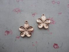 Hey, I found this really awesome Etsy listing at https://www.etsy.com/listing/229983709/set-of-100-rose-gold-color-plated-metal