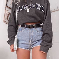 Wonderful Outfits & Popular Looks For Ideal Girls – Mode – – Brenda O. Wonderful Outfits & Popular Looks For Ideal Girls – Mode – – … Cute Comfy Outfits, Cute Summer Outfits, Stylish Outfits, Cute Cheap Outfits, Cute Teen Outfits, Summer Shorts, Winter Outfits, Teen Fashion Outfits, Retro Outfits
