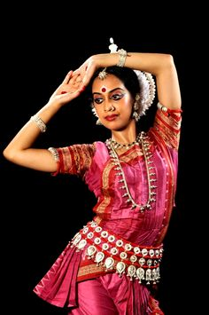 #Odissi dance represent the culture and heritage of #Odisha, Have you ever seen it?......#SwostiHotels: http://www.swostihotels.com/