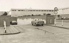 Toen er nog een tunneltje onderdoor was. Eindhoven, My Childhood Memories, Nostalgia, Youth, Historia, Young Adults, Teenagers