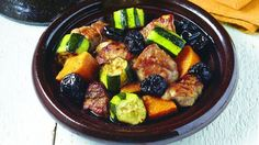 Tajine de veau aux courgettes, patates douces et pruneaux