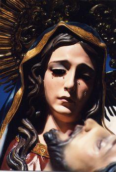 Mary & Jesus ( Catholic / Statue / Blessed Mother / Faith / Crucifixion / Mourning )