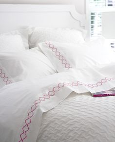 Between the Sheets King Comforter Sets, Queen Bedding Sets, Pink Bedding, Luxury Bedding, Neutral Bed Linen, Black Bed Linen, Bed Sheet Sets, Bed Sheets, Home Tex