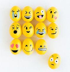 mommo design: EASTER EGGS CRAFTS - Emoji eggs