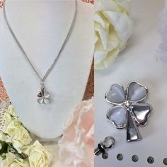 Loving Memory Clover Urn Necklace This beautiful urn clover necklace is a great way to keep your loved one close to your heart .   The top unscrews so that you can place your loved ones securely inside.    Please message us with any questions. Jewelry Necklaces