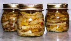 Berenjenas en Escabeche Autor: Carlos Katz Edición: RecetasJudias.com Ingredientes 3 o 4 berenjenas Sal ENtrefina 1 parte de vinagre blanco por 2 o 3
