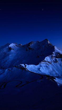 Dark Blue Mountains iPhone 5 Wallpaper