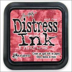 Tintas Distress Ink diseñadas por Tim Holtz, Ranger. Son tintas perfectas para conseguir el efecto envejecido en tus trabajos. Base de Agua. Tamaño de la caja 7,5 x 7,5 cm.