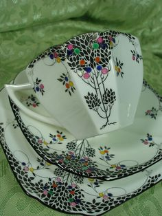 SHELLEY QUEEN ANNE TEA CUP AND SAUCER TRIO LEAFY BLACK TREE H,P, c1927 FABULOUS   eBay