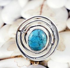 Turquoise Ring  Sterling Silver Spiral Infinity par SunSanJewelry, $132,00