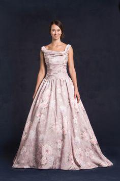 موديلات فساتين زفاف من ليز سيمون Models Wedding Dresses from lis Simon Modèles Robes de mariage de lis Simon