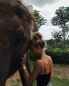 I remember that when I was young I thought that my name, Eleana-I am from Greece-actually meant elephant!!! I love that animal, it's my favourite!!!!!!!! #travelphotographylifestyle