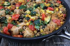 Didn't think it was possible to make a one-skillet meal that's easy and healthy? It is! And it's called Mexican chicken quinoa.