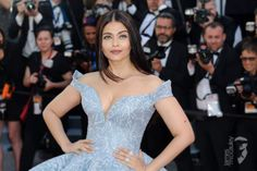 Aishwarya Rai Bachchan looked ethereal in a powder-blue brocade ball gown by Michael Cinco Hollywood Actress Photos, Hollywood Heroines, All Actress, Cinema Actress, Michael Cinco, Bollywood Actress Hot Photos, Aishwarya Rai Bachchan, Deepika Padukone, Shades Of Peach