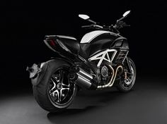 Ducati Diavel Cromo Motorcycle (1) #beast