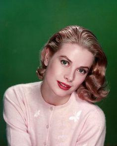 Grace Kelly, bellezza iconica e senza tempo