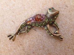 Wonderful Frog Magnet