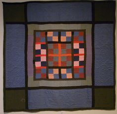 We made a special trip to the Lancaster Quilt & Textile Museum to see all 82 quilts from the Esprit Amish Quilt Collection in one place. Amische Quilts, Strip Quilts, Patch Quilt, Antique Quilts, Vintage Quilts, Amish Quilt Patterns, Medallion Quilt, Traditional Quilts, Textiles