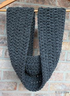 Simple Double Length Crochet Cowl Pattern - Rescued Paw Designs Mix it Up Crochet Scarf Pattern :: U Crochet Scarf For Beginners, Crochet Scarf Easy, Crochet Basics, Easy Crochet Patterns, Crochet Beanie, Love Crochet, Crochet Scarves, Crochet Shawl, Crochet Gifts