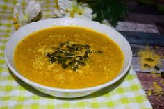 Healthy broccoli & cheese soup recipe from MyNutriCounter