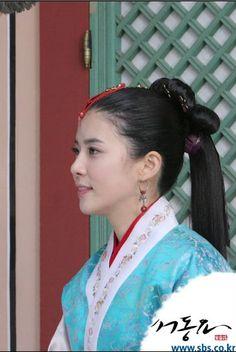 Korean Hanbok, Korean Dress, Korean Traditional, Traditional Dresses, Dong Yi, Lee Bo Young, Hyun Jae, Actresses, Princess