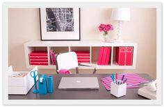 Gorgeous, organized desk set up via See Jane Work
